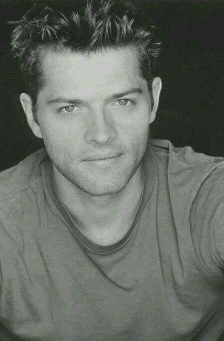 THIS IS THE FACE OF MISHA COLLINS, IF YOU DON'T LOVE HIM, GTFO