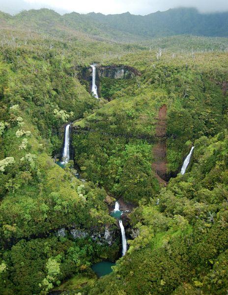 Kuai Waterfalls - , Hawaii   Just so Beautiful...
