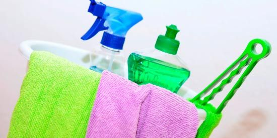 5 Quick and Easy House Cleaning Tips.