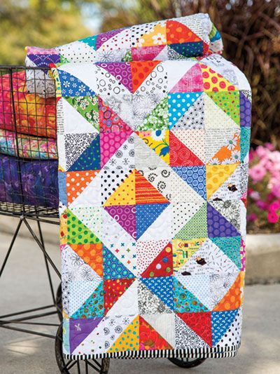 Polka Dots and Stripes Make a Fun Quilt – Pia Petersilie