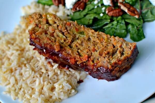 A Family Friendly Veggie Packed Turkey Meatloaf Recipe That S Full Of Zucchini Carrots And Onions Recipe Meatloaf Turkey Meatloaf Meatloaf Recipes Meatloaf