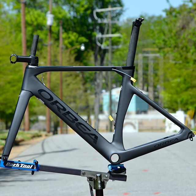 Orbea Orca Aero All The Features Of A Modern Race Bike Including