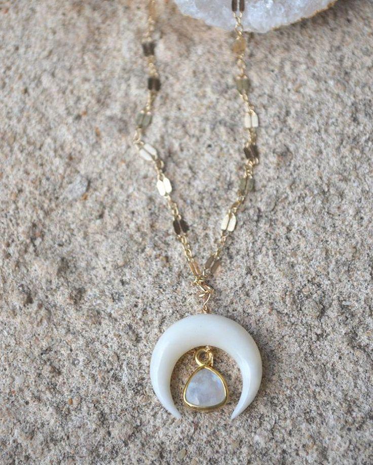 #tuesday #moonstone #bonejewelry #doublehorn #crescentmoon #jewelrystyle #jewelry #jewellery #jeweleries #designerjewelry #jewellerydesign #finejewellery #minimaljewelry #sautoirs #wanderlust #bohobeach #boho #bohostyle #festivalstyle #fashionjewelry #musthave #perthblogger #perth #jewelryforsale #layeringnecklace #chokers #chic #handmadejewelry #fashionjewelry