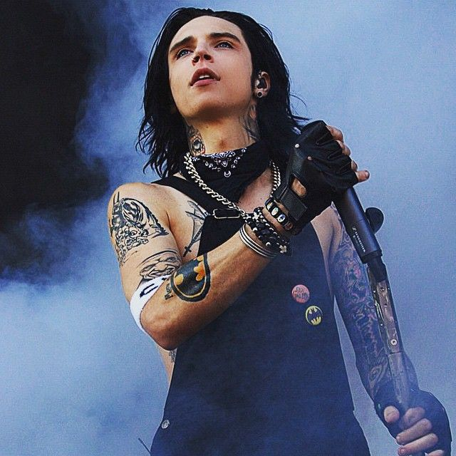 Andy ~ he is so hot its just unreal.
