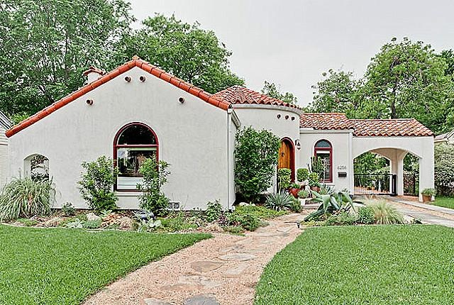 Fabulous one of a kind Spanish Style Home!Renovations in 06 include museum quality walls, recessed lighting, refin hdwds, SS appl, Viking Range, dishwasher,,Custom Cabinetry,honed granite,wired for Plasma,gas FP.Bthrm has custom cabinets,Ann Sacks Princess yellow Lmestone, Vessel Sink & Rain Shower.Calif Closet in Seondary Bdrm.Oversized 2 car garage, electric gate,utility rm, driveway, stucco wall, landscaping lighting,SS all  in  08.|strip_tags