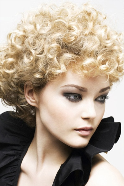 short hair curled styles curly afro curly hair 1572 | 771c2180fed4b5d2f03fc67ae711eb9f naturally curly hairstyles hairstyles for curly hair