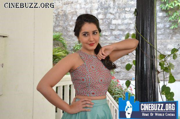 Rashi Khanna Latest Hot Photoshoot Pics