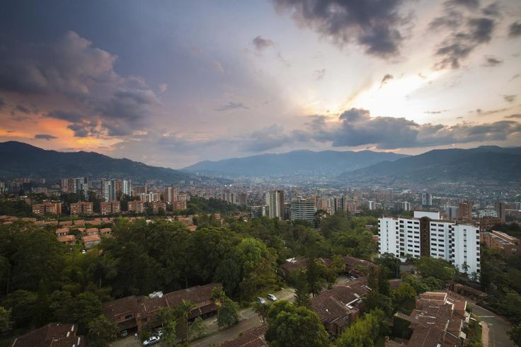 Pacifiée, Medellín poursuit sa renaissance entamée il y a une dizaine d'années…
