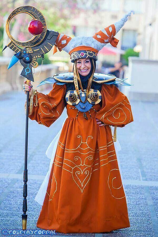 Empress Rita  Repulsa Power Rangers http://cosplaycorral.com/ http://www.aggressivecomix.com/