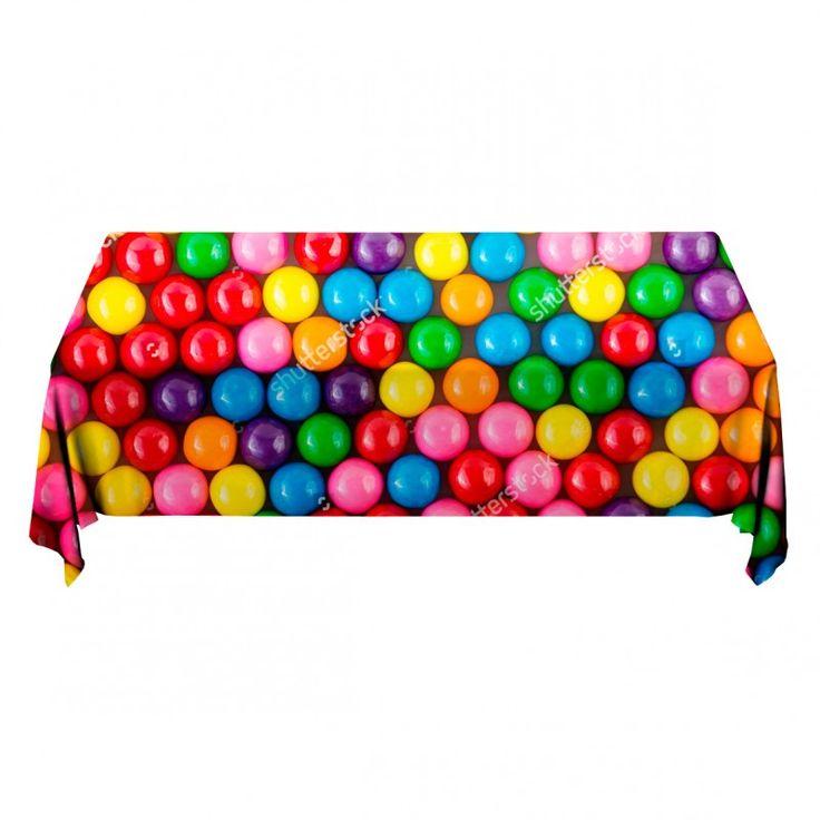 Tafelkleed Skittles | Fleur je keuken op met dit weerbestendige tafelkleed bestaande uit geweven linnen met PVC.   #tafelkleed #keukentextiel #keuken #kleed #pvc #print #opdruk #tafel #weerbestendig #skittles #snoep #kleuren #regenboog