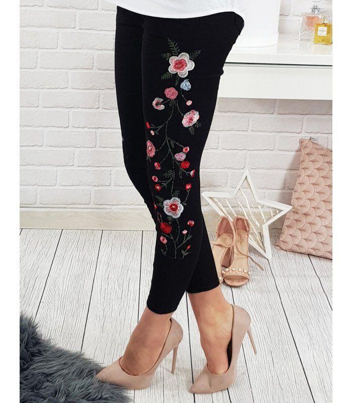 72d45c3db43e Čierne dámske džínsové nohavice v roku 2019
