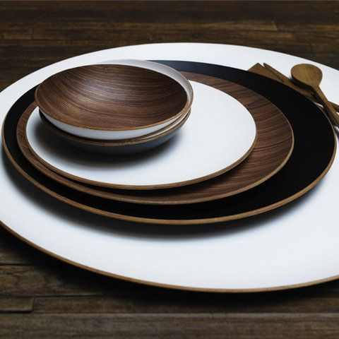 heart the contrast of white + wood + black & 37 best Wooden Dinnerware images on Pinterest | Dish sets Dishes ...