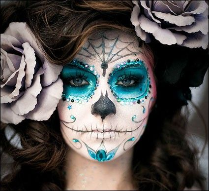 Beautiful Blue Sugar Skull Makeup, Love the Giant Hair Flowers