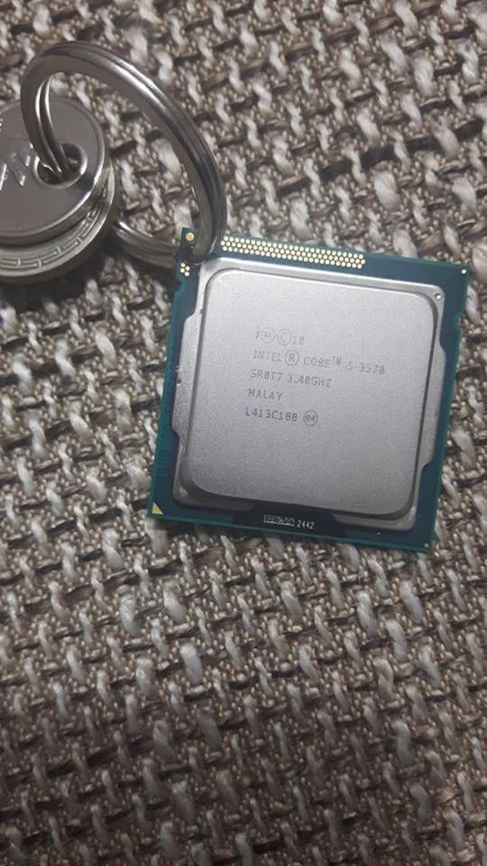 SALE, Intel CPU Keychain Creative Computer Charm Key Ring Gold Metal Chain