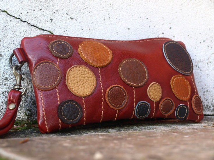Love this clutch!
