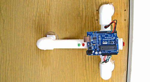 Secret Knock Detecting Door Lock Arduino projects