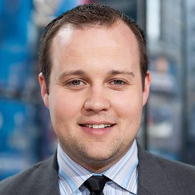 Duggar Family Edits Out Mention of Josh Duggars Admitted Addiction to Pornography from Mea Culpa Statement