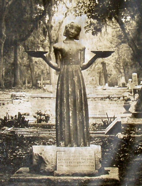 Bonaventure cemetery savannah ga places to go and things to do before i die pinterest for Garden of good and evil statue