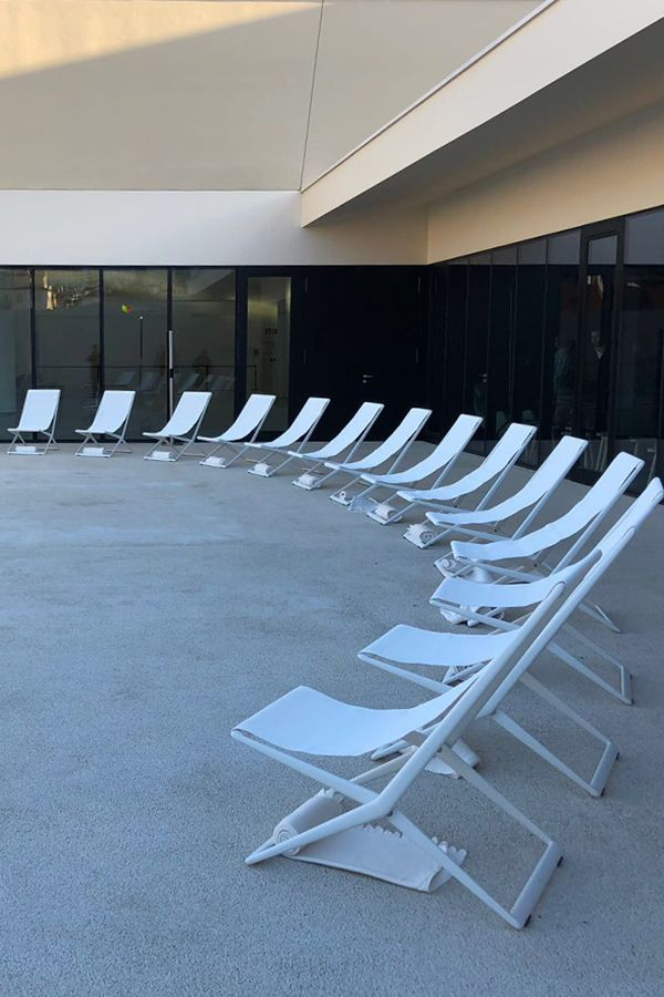 Branch Beach Chairs in white at the opening of the Lisbon Cruise Terminal.