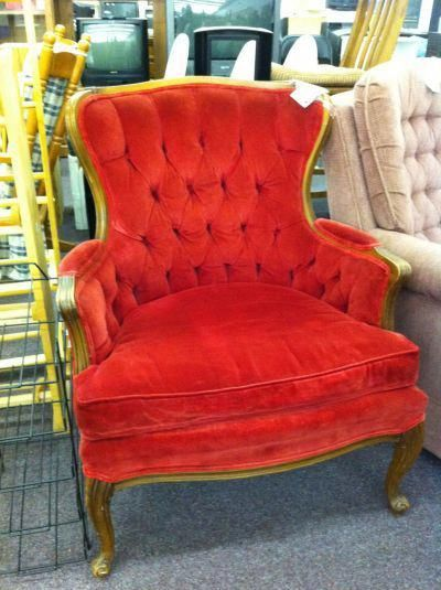 The Amazing Vintage Tufted Red Velvet Chair I Scored For 40 At Goodwill Check It Out On Fabfrugality Redvelvetchair Modern Outdoor Chairs
