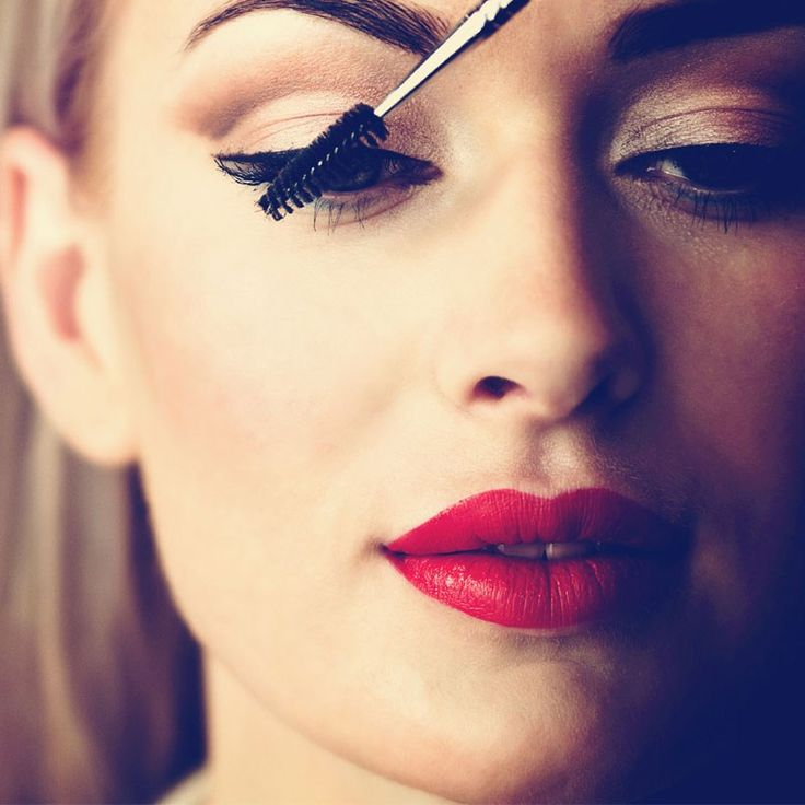 Online Makeup Courses Makes You A Pro With Brushes