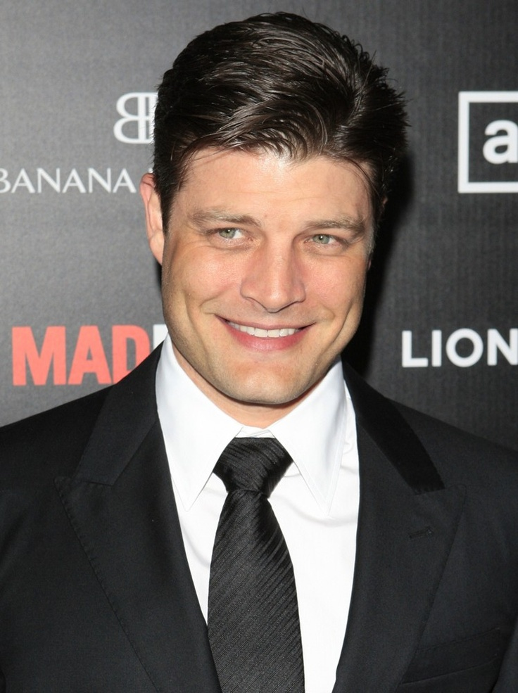 Jay R. Ferguson--loved him as PonyBoy, love him more as Stan Rizzo. Oh, yeah. And he's hot, too.