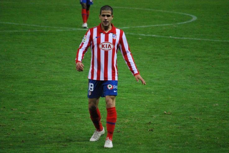 <p>Álvaro Domínguez, en un partido contra el Espanyol en 2009.</p>