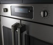 French door model allows for one-handed opening of both oven doors at the same time.