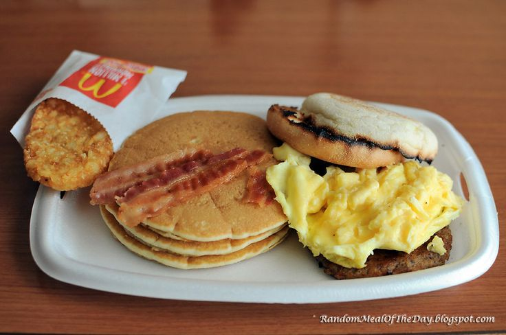 McDonald's Big Breakfast With Hotcakes | Random Meal Of The Day