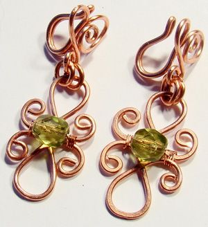 drótékszer fülbevaló - freewire wrapped earrings tutorial: these are interesting because i think they are non-pierced earrings.  Very cool concept.