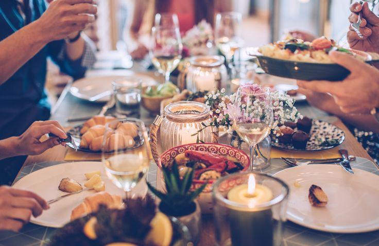 Det är få saker som slår enperfekt kombination av mat och vin. Vi har listat sju gyllene regler för hur du kan tänka när du väljer vin till din mat eller lagar mat till ditt vin.