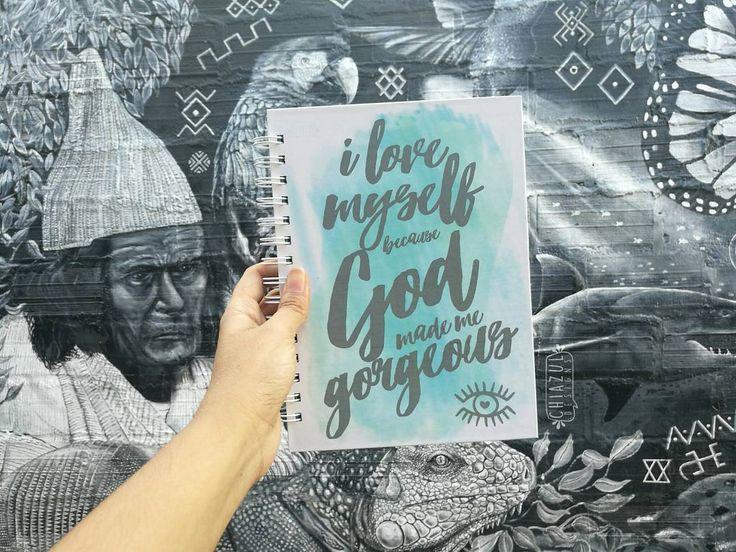 """60 Me gusta, 1 comentarios - CUADERNOS ° NOTEBOOK (@chiazul.designs) en Instagram: """"Cada uno es diferente y por lo tanto somos creación única de Dios, aceptarse y amarse es la forma…"""""""