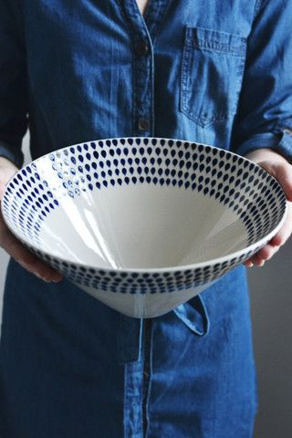 Oriental serving bowl | blue and white drop design | Decorator's Notebook