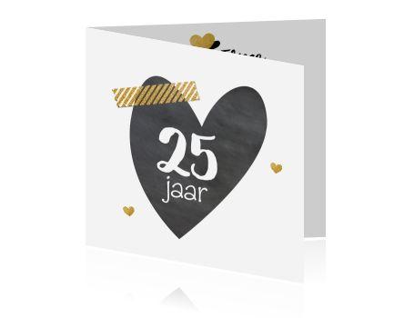 Hippe uitnodigingskaart krijt hart met goud 25 jaar getrouwd
