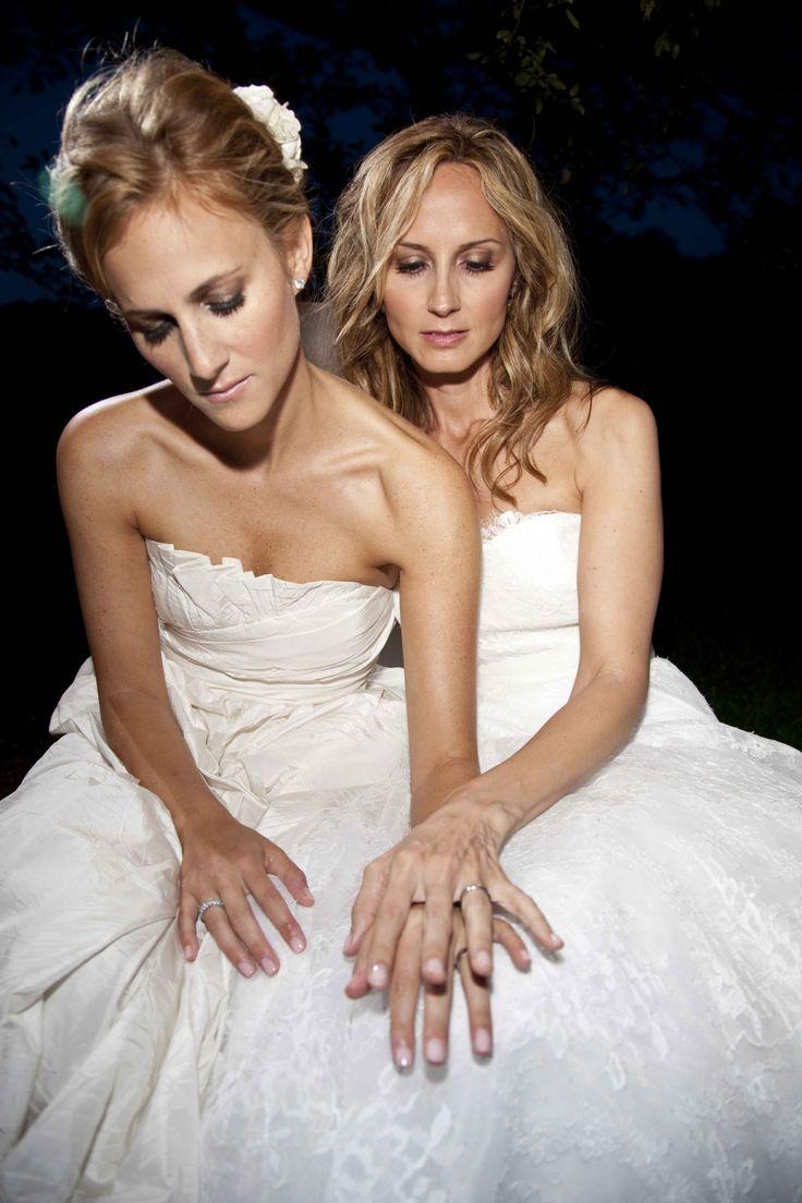 Best 21 Hot Celebrity Lesbian Couples images on Pinterest