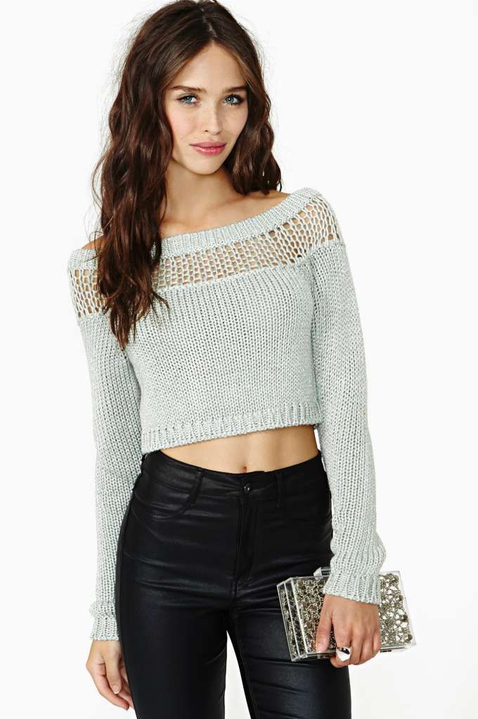 perfect black crop jumper outfit 16