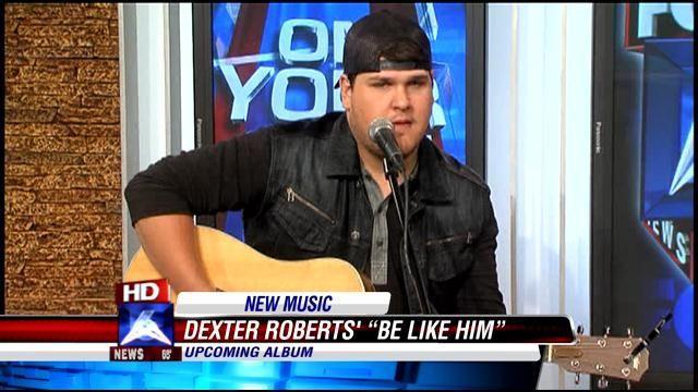 American Idol finalist Dexter Roberts performs on Good Day Alabama