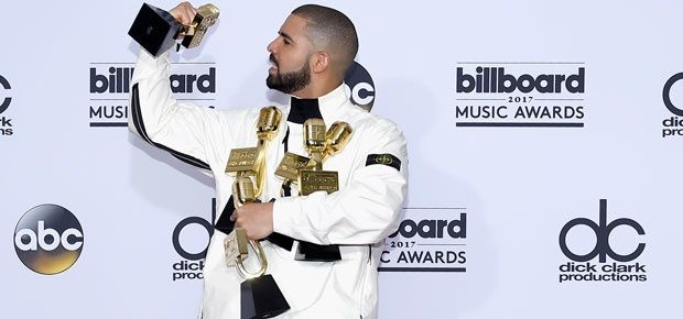 Channel24.co.za   PICS: Absolutely everything that happened at the 2017 Billboard Music Awards http://www.channel24.co.za/Music/News/pics-absolutely-everything-that-happened-at-the-2017-billboard-music-awards-20170522?utm_campaign=crowdfire&utm_content=crowdfire&utm_medium=social&utm_source=pinterest