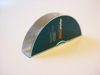How to make a napkin holder from a CD