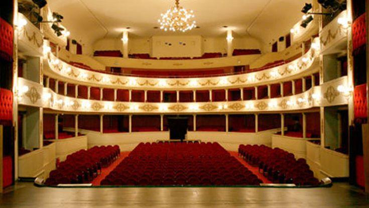 Accademia palcoscenico Teatro Stabile del Veneto: scadenza iscrizioni il 27 ottobre 2017  ||  Le domande di ammissione dovranno pertanto pervenire entro e non oltre le ore 12.00 del 27 ottobre 2017 via e-mail al seguente indirizzo: accademiapalcoscenico@teatrostabileveneto.it http://www.veronasera.it/eventi/cultura/accademia-palcoscenico-teatro-stabile-del-veneto-4051197.html?utm_campaign=crowdfire&utm_content=crowdfire&utm_medium=social&utm_source=pinterest