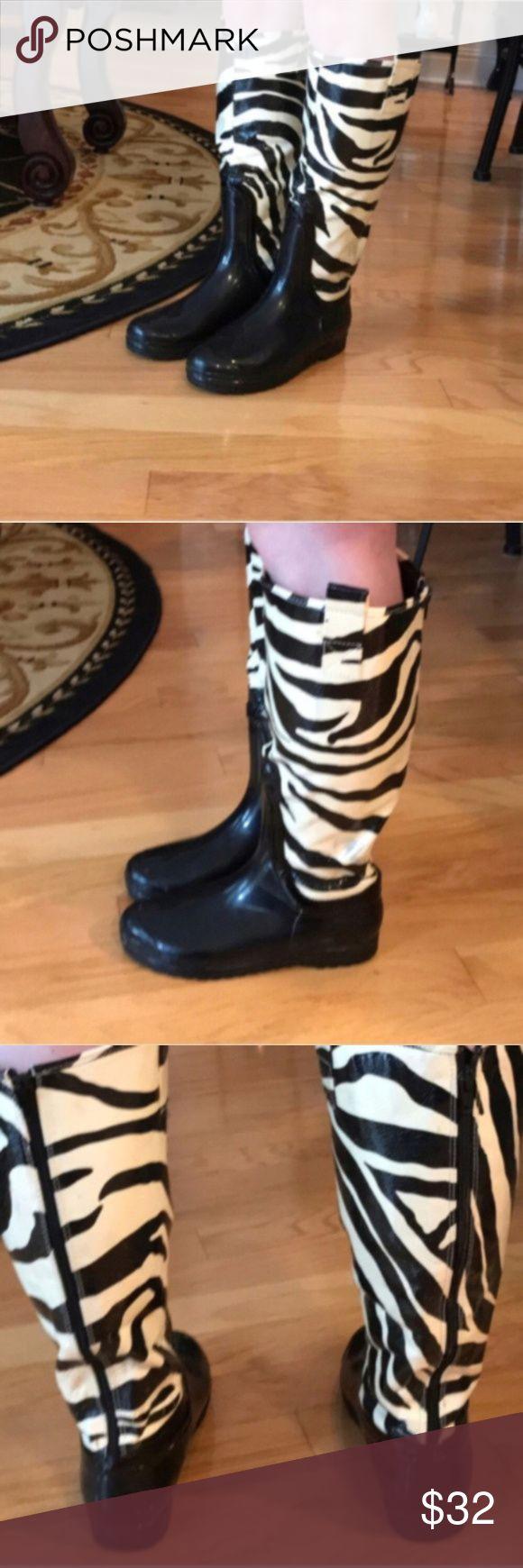 Chinese Laundry zebra rain boots size 8 Chinese Laundry zebra rain boots size 8 Chinese Laundry Shoes Winter & Rain Boots