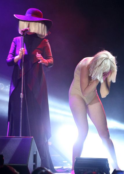 Sia Furler Photos Photos - Musician Sia and dancer Denna Thomsen perform at An Evening with Women benefiting the Los Angeles LGBT Center at the Hollywood Palladium on May 16, 2015 in Los Angeles, California. - An Evening With Women Benefitting The Los Angeles LGBT Center