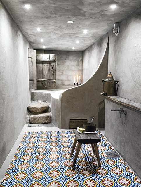 Tadelakt walls and beautiful Moroccan tiles on the floor.