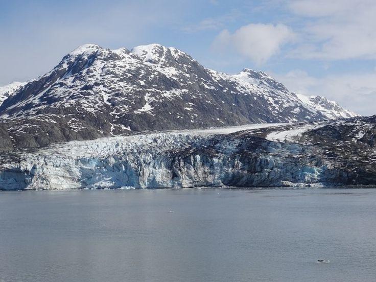 I #ghiacciai sembrano immobili e silenziosi, ma quando iniziano a fondere mettono in moto forze poderose che producono effetti importanti sull'ambiente.