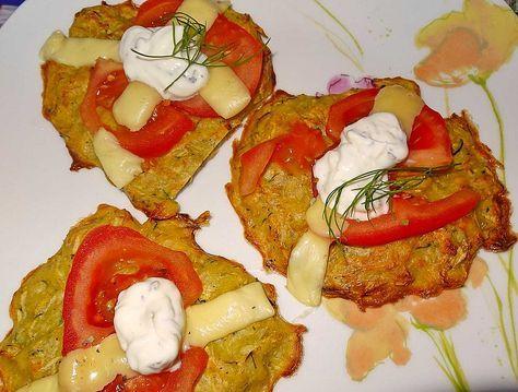 Fettreduzierte Möhren-Zucchini-Reibekuchen aus dem Backofen