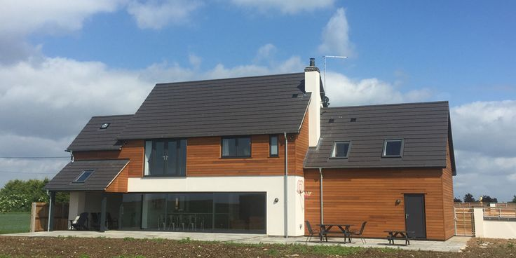Western Red Cedar tongue and groove cladding used in amazing self build