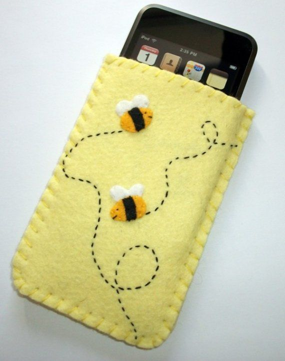 Bumble Bee fieltro sol caja amarillo iPod por CuriousCaseGifts