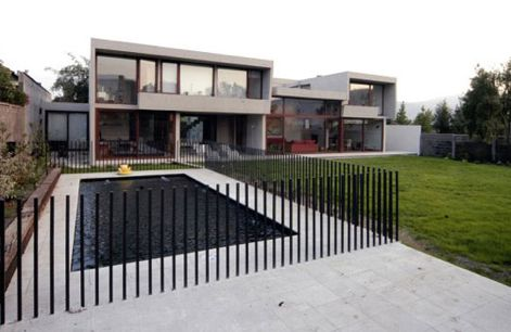 outdoor modern fence over at Apartment Outdoor Modern Fence Ideas