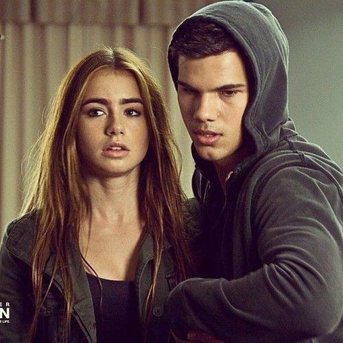 Abduction love this movie She is a great actor love Lilly Collins