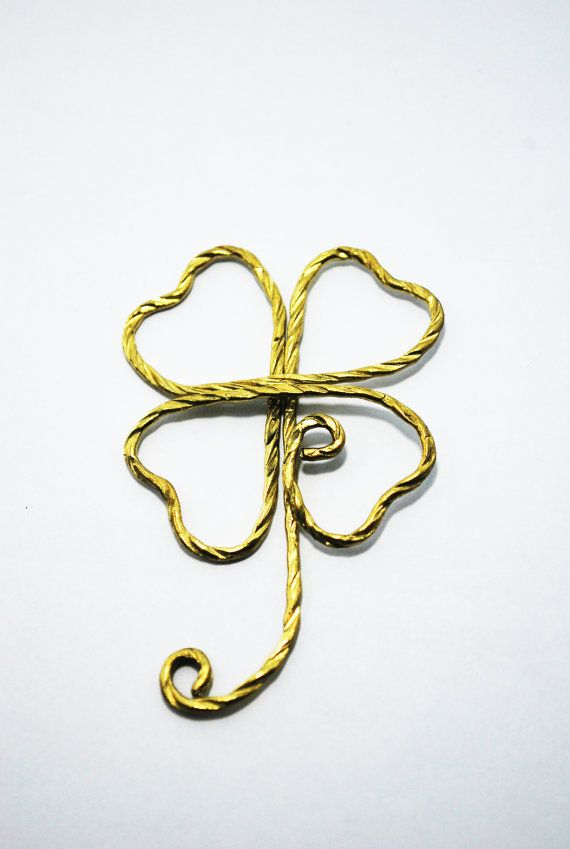 Paper Clip Brass Luky Leaf shaped paper by SouvenirsAtChiangMai